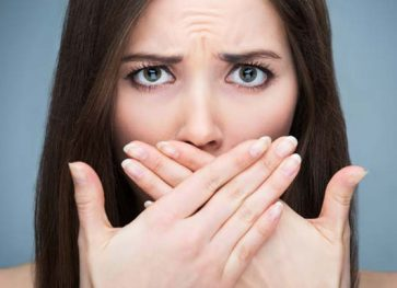 3 Natural Ways to Beat Bad Breath