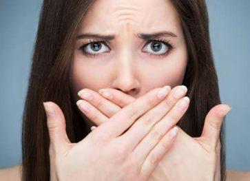 3 Natural Ways to Beat Bad Breath