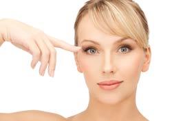 Naturally Lengthen Your Eyelashes
