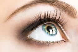Home Remedy to Make Eyelashes Grow
