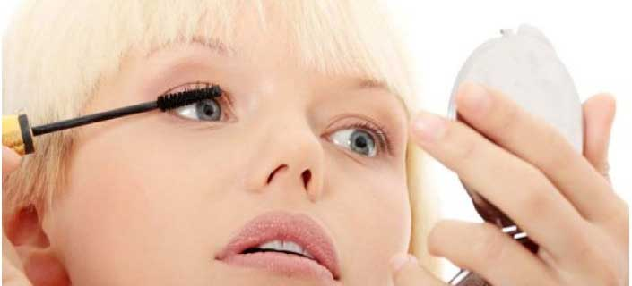 vaseline makes eyelashes longer