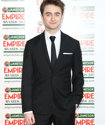 After playing the hunchback role daniel radcliffe suffers from daniel radcliffe daniel radcliffe urtaz Image collections
