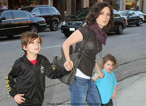 Sara Gilbert Expecting First Child with Linda Perry