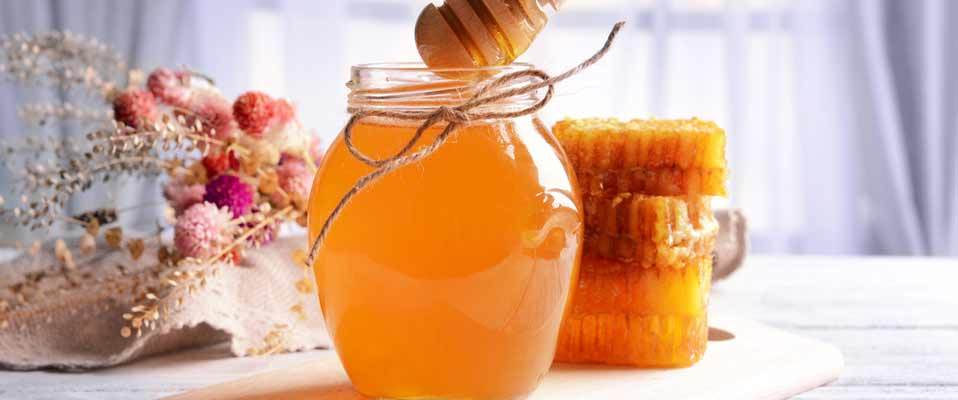 Swap Your Facial Cleanser With Honey