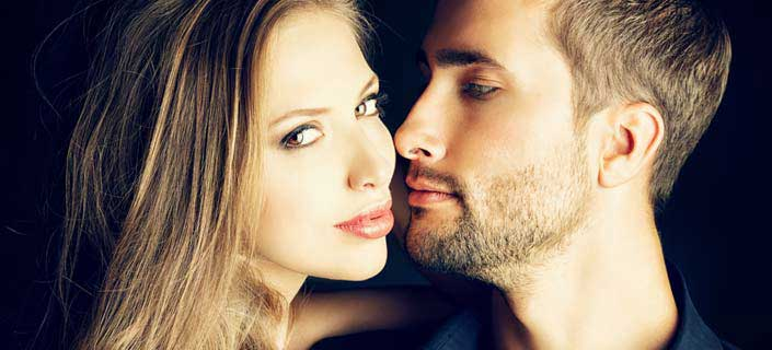 Amazing Ways You Should Try to Kiss Your Girl