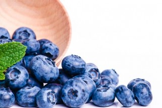 Beat Urinary Tract Infections With Blueberries