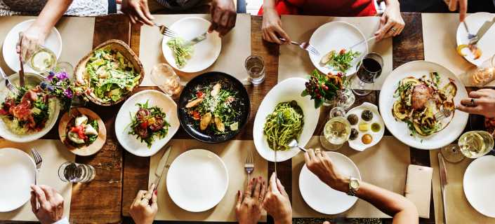 Choose Safe Food When Dining Out